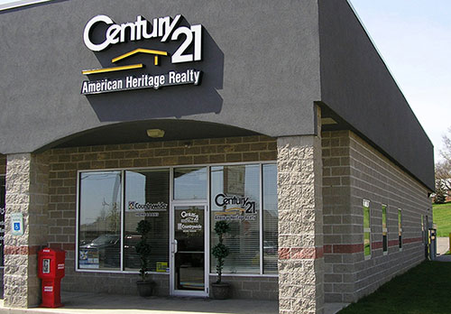 Century 21 building in Sarver